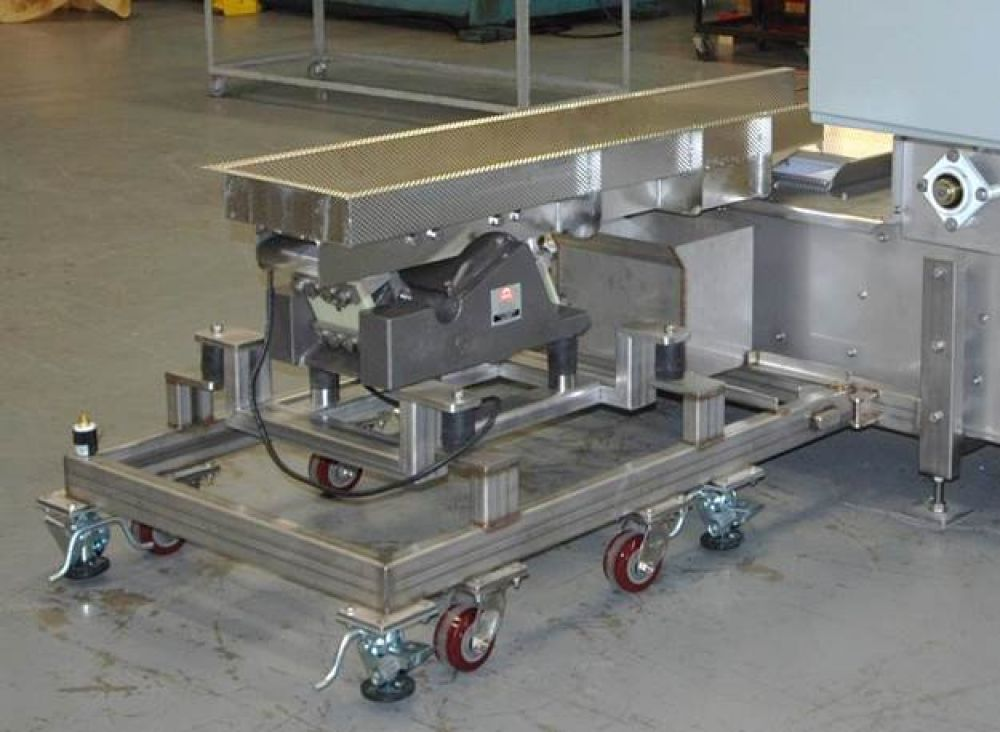 Infeed Feeder Mounted on Casters